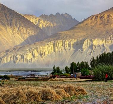 Il Tajikistan approda in Tuscia e sonda le produzioni locali da inserire nei suoi mercati